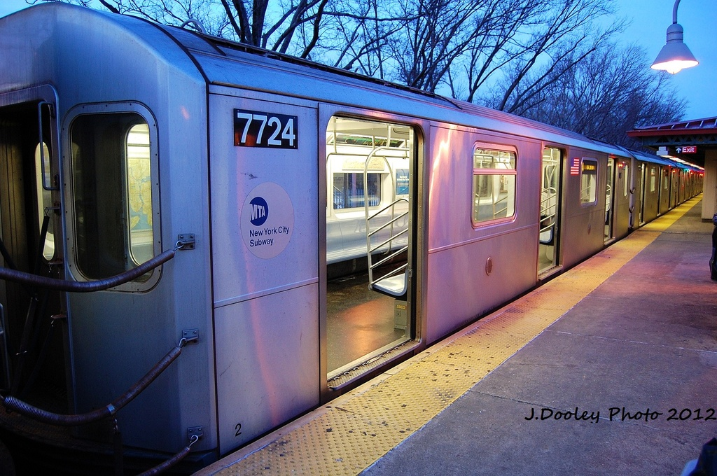 (380k, 1024x680)<br><b>Country:</b> United States<br><b>City:</b> New York<br><b>System:</b> New York City Transit<br><b>Line:</b> IRT Woodlawn Line<br><b>Location:</b> Woodlawn <br><b>Route:</b> 4<br><b>Car:</b> R-142A (Option Order, Kawasaki, 2002-2003)  7724 <br><b>Photo by:</b> John Dooley<br><b>Date:</b> 1/29/2012<br><b>Viewed (this week/total):</b> 1 / 1274