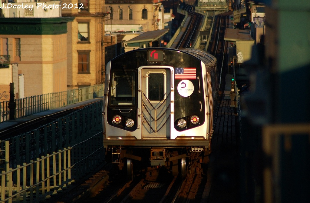 (285k, 1024x670)<br><b>Country:</b> United States<br><b>City:</b> New York<br><b>System:</b> New York City Transit<br><b>Line:</b> BMT Myrtle Avenue Line<br><b>Location:</b> Central Avenue <br><b>Route:</b> M<br><b>Car:</b> R-160A-1 (Alstom, 2005-2008, 4 car sets)  8504 <br><b>Photo by:</b> John Dooley<br><b>Date:</b> 1/28/2012<br><b>Viewed (this week/total):</b> 1 / 909