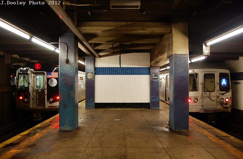 (313k, 1024x671)<br><b>Country:</b> United States<br><b>City:</b> New York<br><b>System:</b> New York City Transit<br><b>Line:</b> IND 6th Avenue Line<br><b>Location:</b> 2nd Avenue <br><b>Route:</b> E<br><b>Car:</b> R-160A (Option 1) (Alstom, 2008-2009, 5 car sets)  9438 <br><b>Photo by:</b> John Dooley<br><b>Date:</b> 3/14/2012<br><b>Viewed (this week/total):</b> 6 / 588