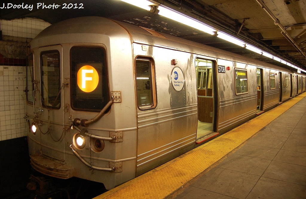 (333k, 1024x664)<br><b>Country:</b> United States<br><b>City:</b> New York<br><b>System:</b> New York City Transit<br><b>Line:</b> IND Crosstown Line<br><b>Location:</b> Church Avenue <br><b>Route:</b> F<br><b>Car:</b> R-46 (Pullman-Standard, 1974-75) 5708 <br><b>Photo by:</b> John Dooley<br><b>Date:</b> 1/20/2012<br><b>Viewed (this week/total):</b> 7 / 950