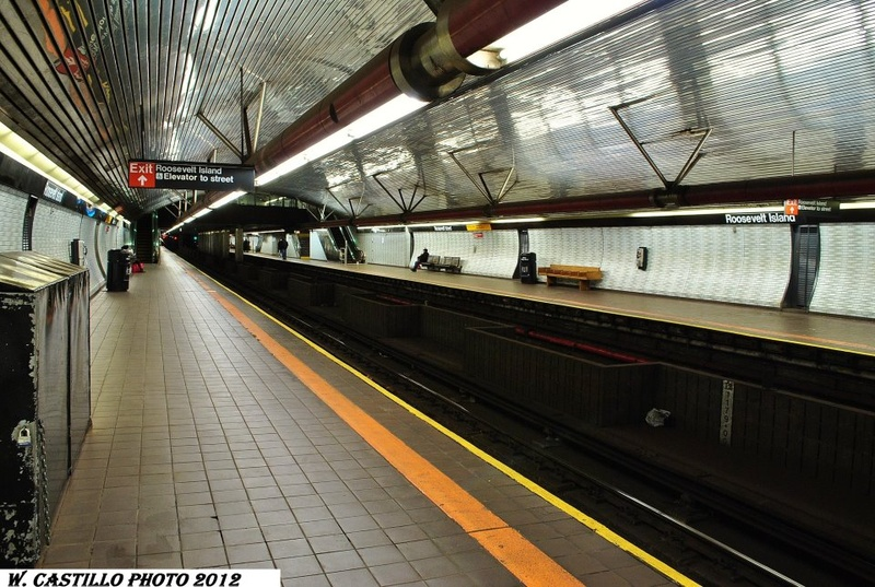 (206k, 800x537)<br><b>Country:</b> United States<br><b>City:</b> New York<br><b>System:</b> New York City Transit<br><b>Line:</b> IND 63rd Street<br><b>Location:</b> Roosevelt Island <br><b>Photo by:</b> Wilfredo Castillo<br><b>Viewed (this week/total):</b> 2 / 887