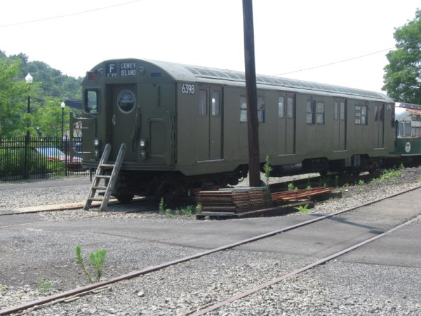 (59k, 600x450)<br><b>Country:</b> United States<br><b>City:</b> Kingston, NY<br><b>System:</b> Trolley Museum of New York <br><b>Car:</b> R-16 (American Car & Foundry, 1955) 6398 <br><b>Photo by:</b> Paul Polischuk<br><b>Date:</b> 8/2009<br><b>Viewed (this week/total):</b> 2 / 329