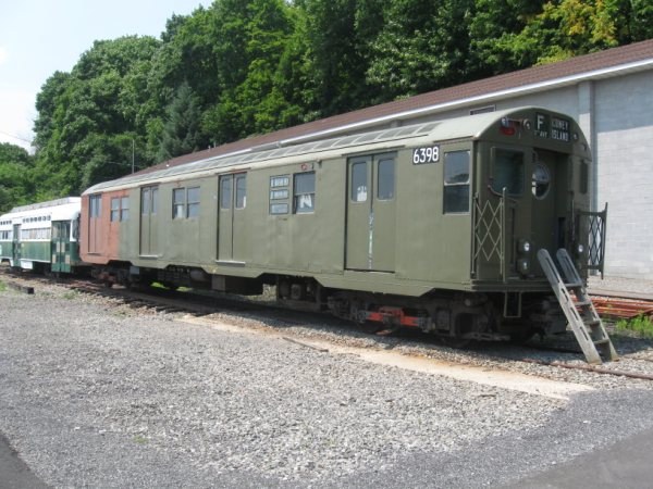 (73k, 600x450)<br><b>Country:</b> United States<br><b>City:</b> Kingston, NY<br><b>System:</b> Trolley Museum of New York <br><b>Car:</b> R-16 (American Car & Foundry, 1955) 6398 <br><b>Photo by:</b> Paul Polischuk<br><b>Date:</b> 8/2009<br><b>Viewed (this week/total):</b> 1 / 366