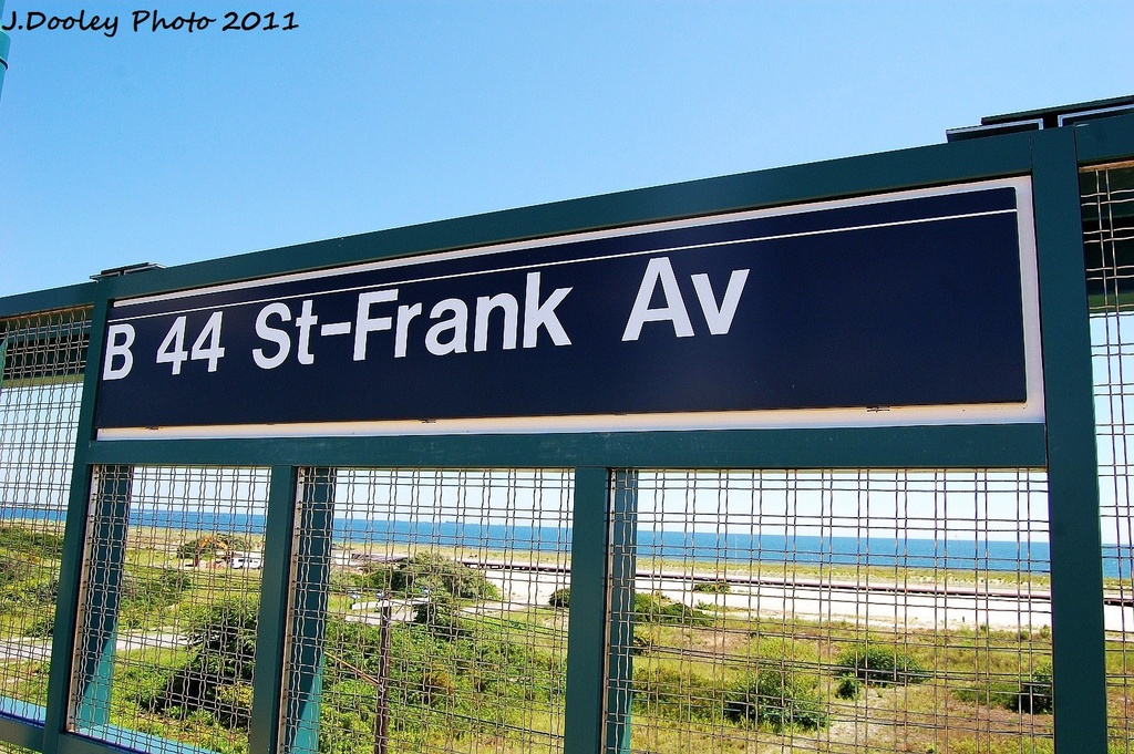 (378k, 1024x681)<br><b>Country:</b> United States<br><b>City:</b> New York<br><b>System:</b> New York City Transit<br><b>Line:</b> IND Rockaway<br><b>Location:</b> Beach 44th Street/Frank Avenue <br><b>Photo by:</b> John Dooley<br><b>Date:</b> 8/11/2011<br><b>Viewed (this week/total):</b> 0 / 417