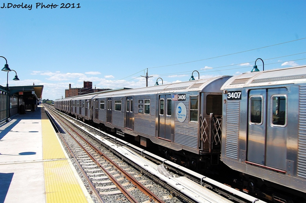 (357k, 1024x681)<br><b>Country:</b> United States<br><b>City:</b> New York<br><b>System:</b> New York City Transit<br><b>Line:</b> IND Rockaway<br><b>Location:</b> Beach 67th Street/Gaston Avenue <br><b>Route:</b> A<br><b>Car:</b> R-32 (Budd, 1964)  3406 <br><b>Photo by:</b> John Dooley<br><b>Date:</b> 8/11/2011<br><b>Viewed (this week/total):</b> 1 / 468