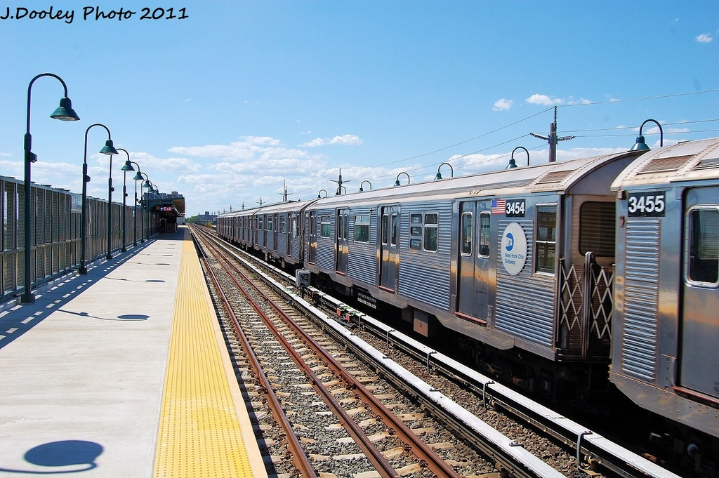 (370k, 1024x681)<br><b>Country:</b> United States<br><b>City:</b> New York<br><b>System:</b> New York City Transit<br><b>Line:</b> IND Rockaway<br><b>Location:</b> Beach 44th Street/Frank Avenue <br><b>Route:</b> A<br><b>Car:</b> R-32 (Budd, 1964)  3454 <br><b>Photo by:</b> John Dooley<br><b>Date:</b> 8/11/2011<br><b>Viewed (this week/total):</b> 0 / 84