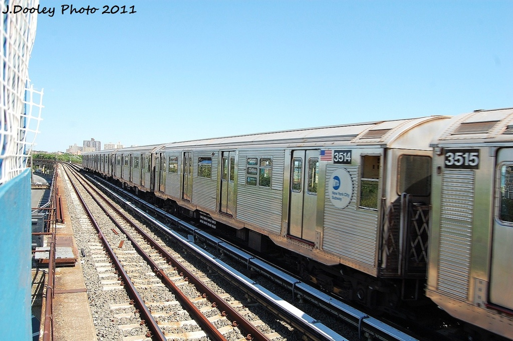 (344k, 1024x681)<br><b>Country:</b> United States<br><b>City:</b> New York<br><b>System:</b> New York City Transit<br><b>Line:</b> IND Rockaway<br><b>Location:</b> Beach 44th Street/Frank Avenue <br><b>Route:</b> A<br><b>Car:</b> R-32 (Budd, 1964)  3514 <br><b>Photo by:</b> John Dooley<br><b>Date:</b> 8/11/2011<br><b>Viewed (this week/total):</b> 1 / 148