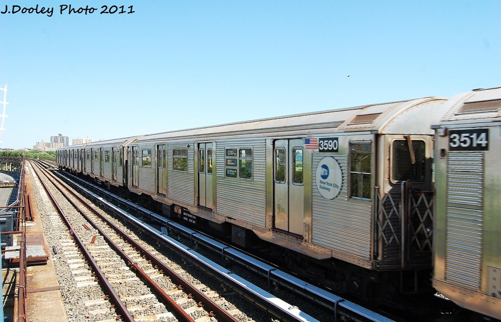 (325k, 1024x659)<br><b>Country:</b> United States<br><b>City:</b> New York<br><b>System:</b> New York City Transit<br><b>Line:</b> IND Rockaway<br><b>Location:</b> Beach 44th Street/Frank Avenue <br><b>Route:</b> A<br><b>Car:</b> R-32 (Budd, 1964)  3590 <br><b>Photo by:</b> John Dooley<br><b>Date:</b> 8/11/2011<br><b>Viewed (this week/total):</b> 0 / 433