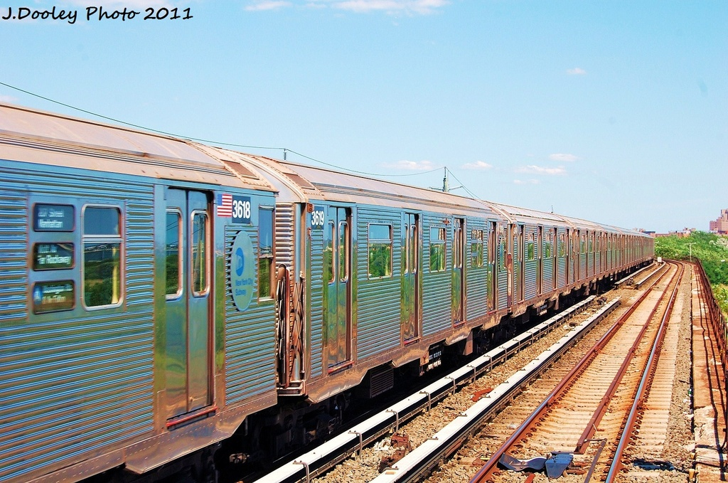 (388k, 1024x679)<br><b>Country:</b> United States<br><b>City:</b> New York<br><b>System:</b> New York City Transit<br><b>Line:</b> IND Rockaway<br><b>Location:</b> Beach 44th Street/Frank Avenue <br><b>Route:</b> A<br><b>Car:</b> R-32 (Budd, 1964)  3619 <br><b>Photo by:</b> John Dooley<br><b>Date:</b> 8/11/2011<br><b>Viewed (this week/total):</b> 0 / 200