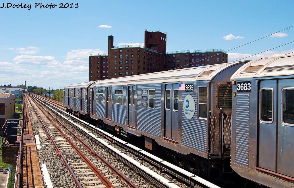 (382k, 1024x657)<br><b>Country:</b> United States<br><b>City:</b> New York<br><b>System:</b> New York City Transit<br><b>Line:</b> IND Rockaway<br><b>Location:</b> Beach 44th Street/Frank Avenue <br><b>Route:</b> A<br><b>Car:</b> R-32 (Budd, 1964)  3625 <br><b>Photo by:</b> John Dooley<br><b>Date:</b> 8/11/2011<br><b>Viewed (this week/total):</b> 1 / 539
