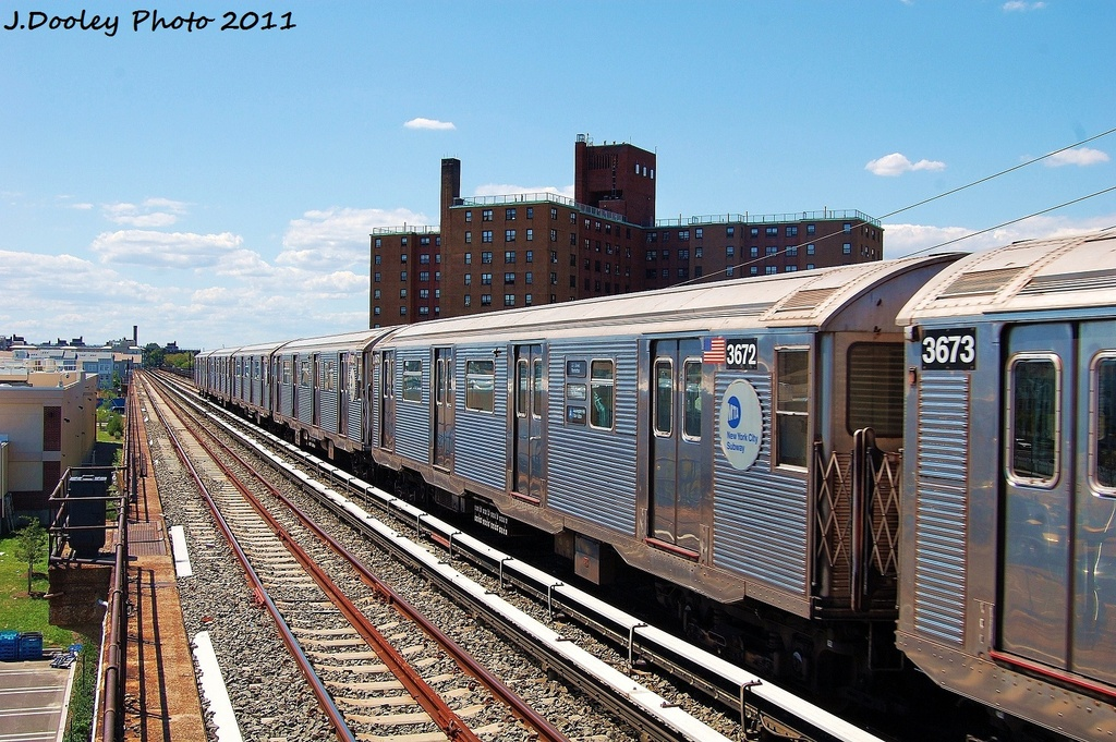 (398k, 1024x681)<br><b>Country:</b> United States<br><b>City:</b> New York<br><b>System:</b> New York City Transit<br><b>Line:</b> IND Rockaway<br><b>Location:</b> Beach 44th Street/Frank Avenue <br><b>Route:</b> A<br><b>Car:</b> R-32 (Budd, 1964)  3672 <br><b>Photo by:</b> John Dooley<br><b>Date:</b> 8/11/2011<br><b>Viewed (this week/total):</b> 0 / 130