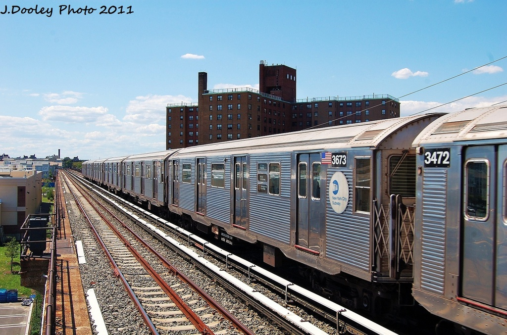 (389k, 1024x677)<br><b>Country:</b> United States<br><b>City:</b> New York<br><b>System:</b> New York City Transit<br><b>Line:</b> IND Rockaway<br><b>Location:</b> Beach 44th Street/Frank Avenue <br><b>Route:</b> A<br><b>Car:</b> R-32 (Budd, 1964)  3673 <br><b>Photo by:</b> John Dooley<br><b>Date:</b> 8/11/2011<br><b>Viewed (this week/total):</b> 0 / 212