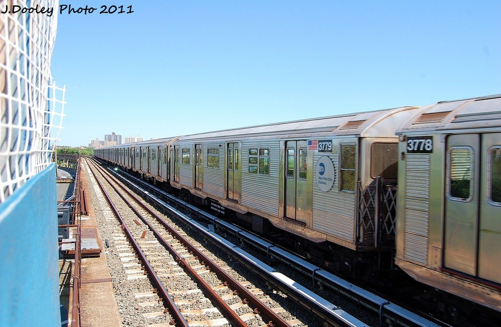 (338k, 1024x670)<br><b>Country:</b> United States<br><b>City:</b> New York<br><b>System:</b> New York City Transit<br><b>Line:</b> IND Rockaway<br><b>Location:</b> Beach 44th Street/Frank Avenue <br><b>Route:</b> A<br><b>Car:</b> R-32 (Budd, 1964)  3779 <br><b>Photo by:</b> John Dooley<br><b>Date:</b> 8/11/2011<br><b>Viewed (this week/total):</b> 0 / 544