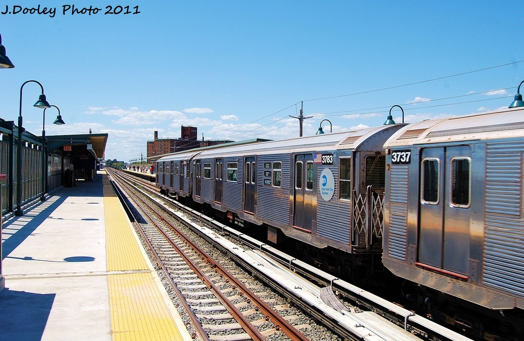 (352k, 1024x667)<br><b>Country:</b> United States<br><b>City:</b> New York<br><b>System:</b> New York City Transit<br><b>Line:</b> IND Rockaway<br><b>Location:</b> Beach 67th Street/Gaston Avenue <br><b>Route:</b> A<br><b>Car:</b> R-32 (Budd, 1964)  3783 <br><b>Photo by:</b> John Dooley<br><b>Date:</b> 8/11/2011<br><b>Viewed (this week/total):</b> 0 / 173