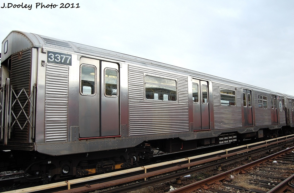 (319k, 1024x673)<br><b>Country:</b> United States<br><b>City:</b> New York<br><b>System:</b> New York City Transit<br><b>Location:</b> 207th Street Yard<br><b>Car:</b> R-32 (Budd, 1964)  3377 <br><b>Photo by:</b> John Dooley<br><b>Date:</b> 11/29/2011<br><b>Viewed (this week/total):</b> 2 / 177