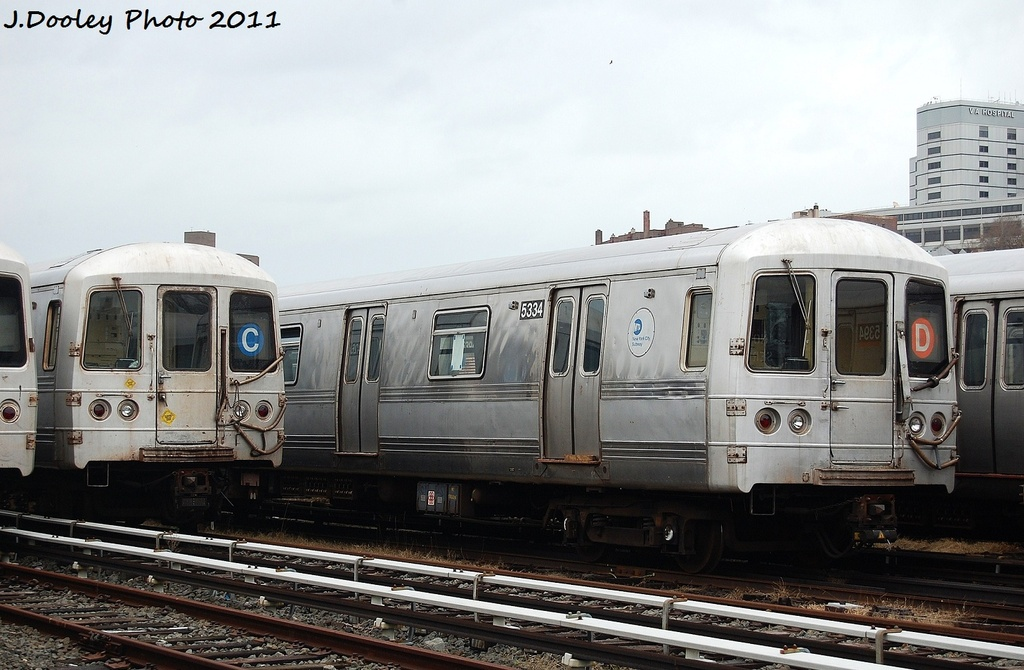 (295k, 1024x670)<br><b>Country:</b> United States<br><b>City:</b> New York<br><b>System:</b> New York City Transit<br><b>Location:</b> 207th Street Yard<br><b>Car:</b> R-44 (St. Louis, 1971-73) 5334 <br><b>Photo by:</b> John Dooley<br><b>Date:</b> 11/29/2011<br><b>Viewed (this week/total):</b> 1 / 405