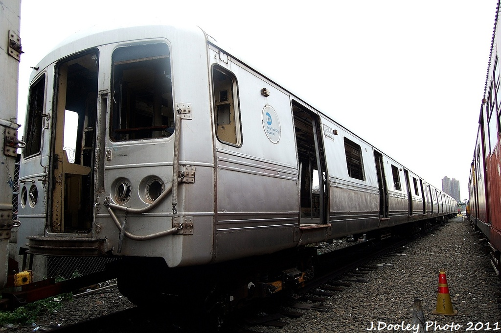 (296k, 1024x680)<br><b>Country:</b> United States<br><b>City:</b> New York<br><b>System:</b> New York City Transit<br><b>Location:</b> 207th Street Yard<br><b>Car:</b> R-44 (St. Louis, 1971-73) 5344 <br><b>Photo by:</b> John Dooley<br><b>Date:</b> 11/29/2011<br><b>Viewed (this week/total):</b> 0 / 385