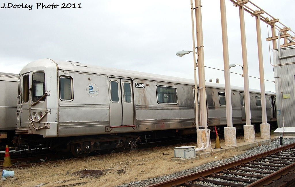 (306k, 1024x650)<br><b>Country:</b> United States<br><b>City:</b> New York<br><b>System:</b> New York City Transit<br><b>Location:</b> 207th Street Yard<br><b>Car:</b> R-44 (St. Louis, 1971-73) 5358 <br><b>Photo by:</b> John Dooley<br><b>Date:</b> 11/29/2011<br><b>Viewed (this week/total):</b> 4 / 515