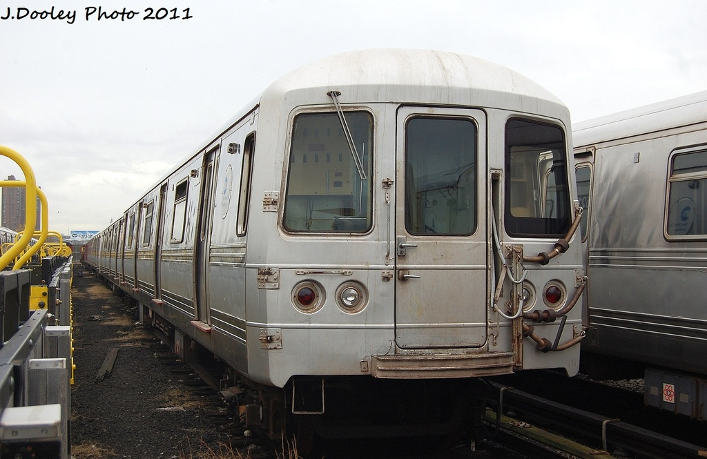 (287k, 1024x665)<br><b>Country:</b> United States<br><b>City:</b> New York<br><b>System:</b> New York City Transit<br><b>Location:</b> 207th Street Yard<br><b>Car:</b> R-44 (St. Louis, 1971-73) 5400 <br><b>Photo by:</b> John Dooley<br><b>Date:</b> 11/29/2011<br><b>Viewed (this week/total):</b> 2 / 146
