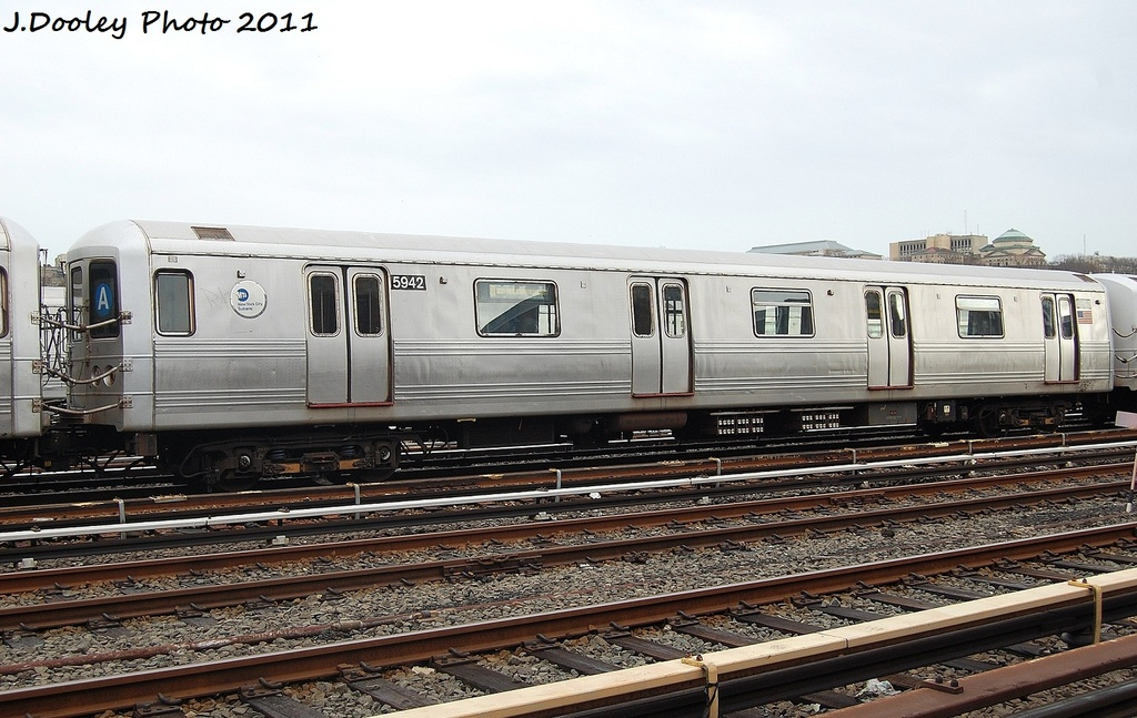(322k, 1024x647)<br><b>Country:</b> United States<br><b>City:</b> New York<br><b>System:</b> New York City Transit<br><b>Location:</b> 207th Street Yard<br><b>Car:</b> R-46 (Pullman-Standard, 1974-75) 5942 <br><b>Photo by:</b> John Dooley<br><b>Date:</b> 11/29/2011<br><b>Viewed (this week/total):</b> 2 / 190