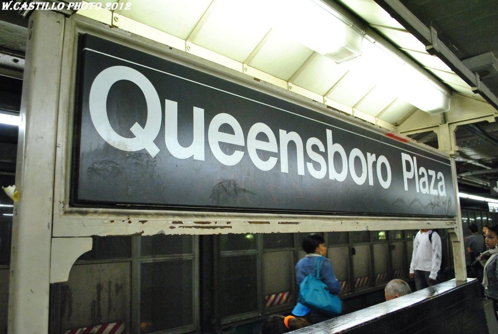 (266k, 1024x687)<br><b>Country:</b> United States<br><b>City:</b> New York<br><b>System:</b> New York City Transit<br><b>Location:</b> Queensborough Plaza <br><b>Photo by:</b> Wilfredo Castillo<br><b>Date:</b> 4/18/2012<br><b>Viewed (this week/total):</b> 4 / 250