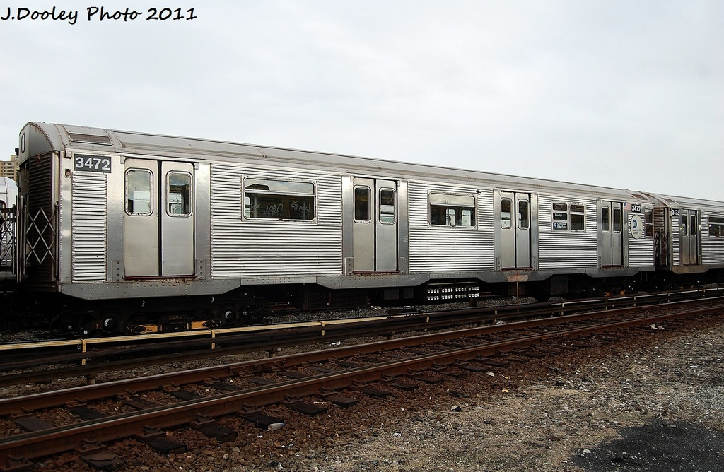 (334k, 1024x668)<br><b>Country:</b> United States<br><b>City:</b> New York<br><b>System:</b> New York City Transit<br><b>Location:</b> 207th Street Yard<br><b>Car:</b> R-32 (Budd, 1964)  3472 <br><b>Photo by:</b> John Dooley<br><b>Date:</b> 11/29/2011<br><b>Viewed (this week/total):</b> 0 / 202