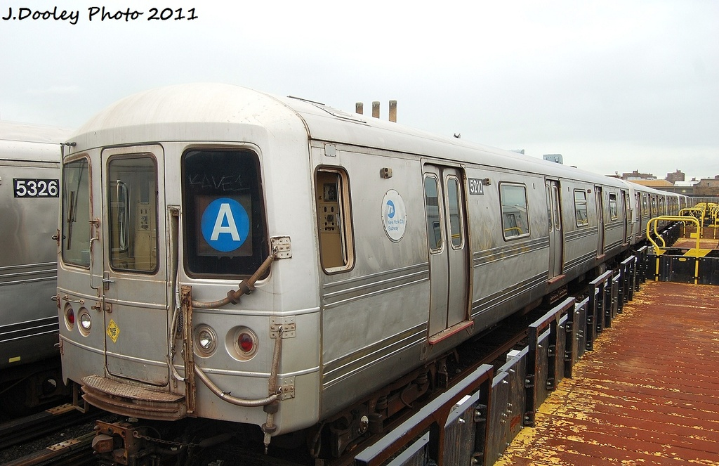 (310k, 1024x663)<br><b>Country:</b> United States<br><b>City:</b> New York<br><b>System:</b> New York City Transit<br><b>Location:</b> 207th Street Yard<br><b>Car:</b> R-44 (St. Louis, 1971-73) 5210 <br><b>Photo by:</b> John Dooley<br><b>Date:</b> 11/29/2011<br><b>Viewed (this week/total):</b> 2 / 231