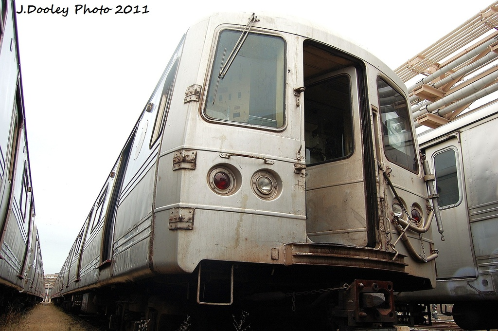 (314k, 1024x680)<br><b>Country:</b> United States<br><b>City:</b> New York<br><b>System:</b> New York City Transit<br><b>Location:</b> 207th Street Yard<br><b>Car:</b> R-44 (St. Louis, 1971-73) 5296 <br><b>Photo by:</b> John Dooley<br><b>Date:</b> 11/29/2011<br><b>Viewed (this week/total):</b> 0 / 184