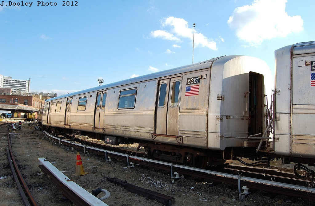 (308k, 1024x671)<br><b>Country:</b> United States<br><b>City:</b> New York<br><b>System:</b> New York City Transit<br><b>Location:</b> 207th Street Yard<br><b>Car:</b> R-44 (St. Louis, 1971-73) 5361 <br><b>Photo by:</b> John Dooley<br><b>Date:</b> 2/1/2012<br><b>Viewed (this week/total):</b> 0 / 157