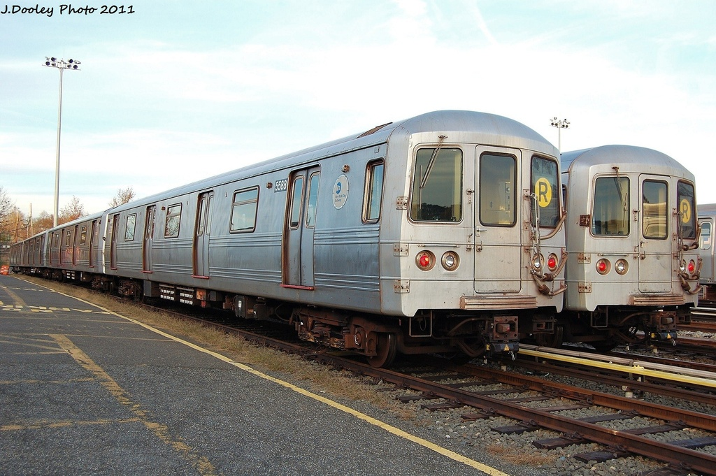 (336k, 1024x681)<br><b>Country:</b> United States<br><b>City:</b> New York<br><b>System:</b> New York City Transit<br><b>Location:</b> Jamaica Yard/Shops<br><b>Car:</b> R-46 (Pullman-Standard, 1974-75) 5588 <br><b>Photo by:</b> John Dooley<br><b>Date:</b> 11/19/2011<br><b>Viewed (this week/total):</b> 1 / 527