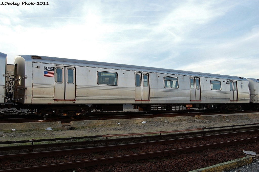 (298k, 1024x680)<br><b>Country:</b> United States<br><b>City:</b> New York<br><b>System:</b> New York City Transit<br><b>Location:</b> Jamaica Yard/Shops<br><b>Car:</b> R-46 (Pullman-Standard, 1974-75) 5805 <br><b>Photo by:</b> John Dooley<br><b>Date:</b> 11/19/2011<br><b>Viewed (this week/total):</b> 0 / 150