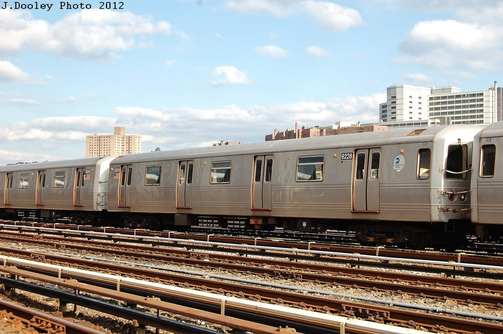 (350k, 1024x680)<br><b>Country:</b> United States<br><b>City:</b> New York<br><b>System:</b> New York City Transit<br><b>Location:</b> 207th Street Yard<br><b>Car:</b> R-46 (Pullman-Standard, 1974-75) 6228 <br><b>Photo by:</b> John Dooley<br><b>Date:</b> 2/1/2012<br><b>Viewed (this week/total):</b> 0 / 488