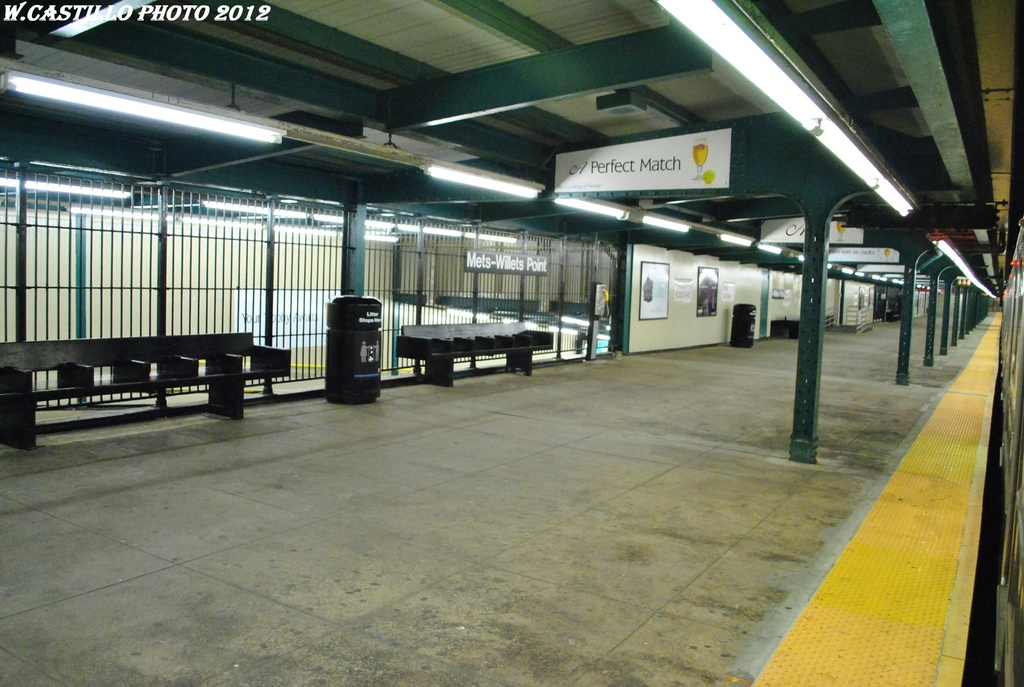(301k, 1024x687)<br><b>Country:</b> United States<br><b>City:</b> New York<br><b>System:</b> New York City Transit<br><b>Line:</b> IRT Flushing Line<br><b>Location:</b> Willets Point/Mets (fmr. Shea Stadium) <br><b>Photo by:</b> Wilfredo Castillo<br><b>Date:</b> 4/18/2012<br><b>Viewed (this week/total):</b> 1 / 655