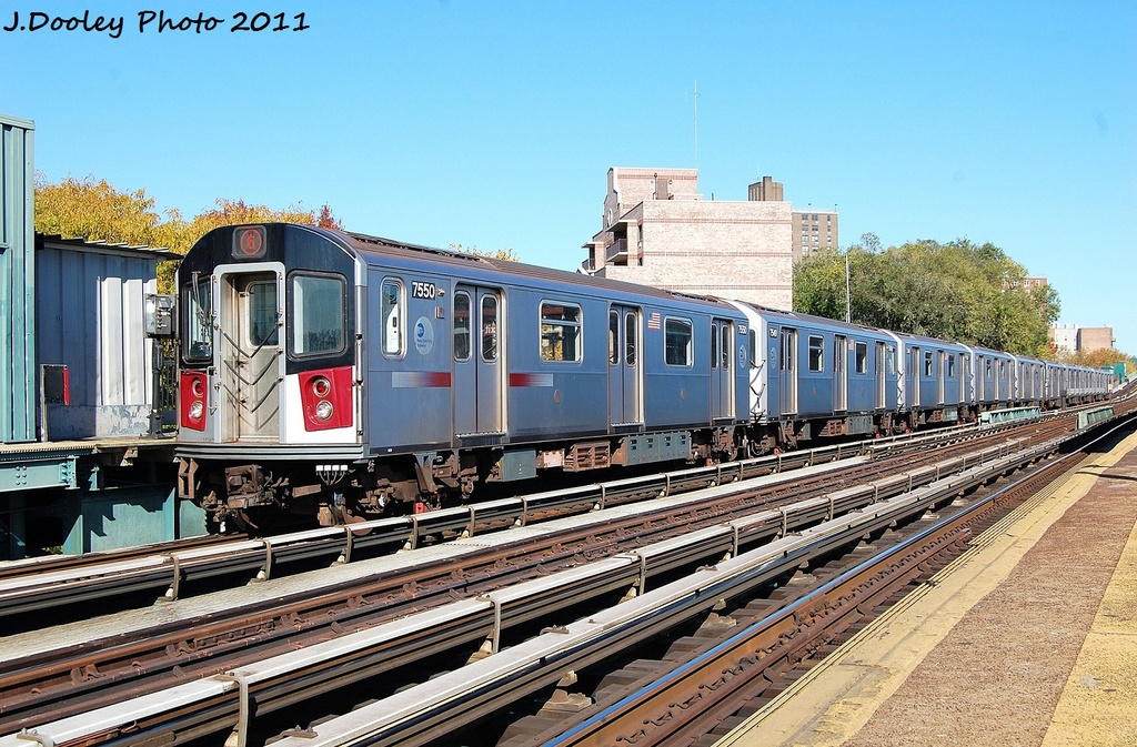 (393k, 1024x673)<br><b>Country:</b> United States<br><b>City:</b> New York<br><b>System:</b> New York City Transit<br><b>Line:</b> IRT Pelham Line<br><b>Location:</b> Middletown Road <br><b>Route:</b> 6<br><b>Car:</b> R-142A (Primary Order, Kawasaki, 1999-2002)  7550 <br><b>Photo by:</b> John Dooley<br><b>Date:</b> 11/5/2011<br><b>Viewed (this week/total):</b> 0 / 761