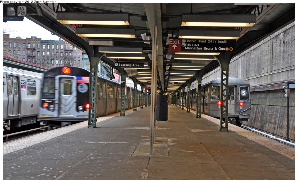 (377k, 1044x641)<br><b>Country:</b> United States<br><b>City:</b> New York<br><b>System:</b> New York City Transit<br><b>Line:</b> BMT Brighton Line<br><b>Location:</b> Prospect Park <br><b>Route:</b> Q<br><b>Car:</b> R-160B (Kawasaki, 2005-2008)  8842/8857 <br><b>Photo by:</b> Zach Summer<br><b>Date:</b> 1/14/2012<br><b>Notes:</b> With R68 2921 on the Shuttle Layup.<br><b>Viewed (this week/total):</b> 3 / 495