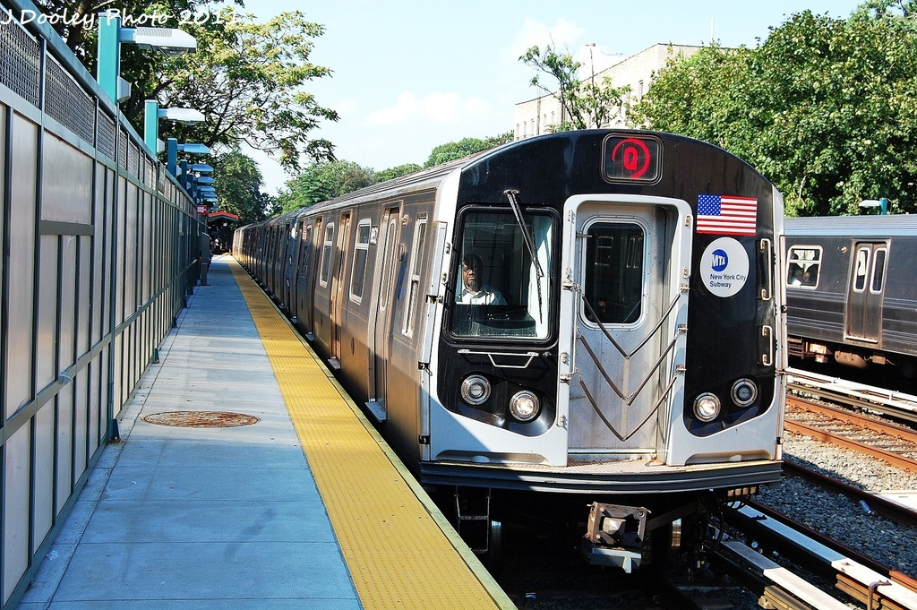 (435k, 1024x681)<br><b>Country:</b> United States<br><b>City:</b> New York<br><b>System:</b> New York City Transit<br><b>Line:</b> BMT Brighton Line<br><b>Location:</b> Avenue H <br><b>Route:</b> Q<br><b>Car:</b> R-160B (Kawasaki, 2005-2008)  8852 <br><b>Photo by:</b> John Dooley<br><b>Date:</b> 9/12/2011<br><b>Viewed (this week/total):</b> 6 / 707