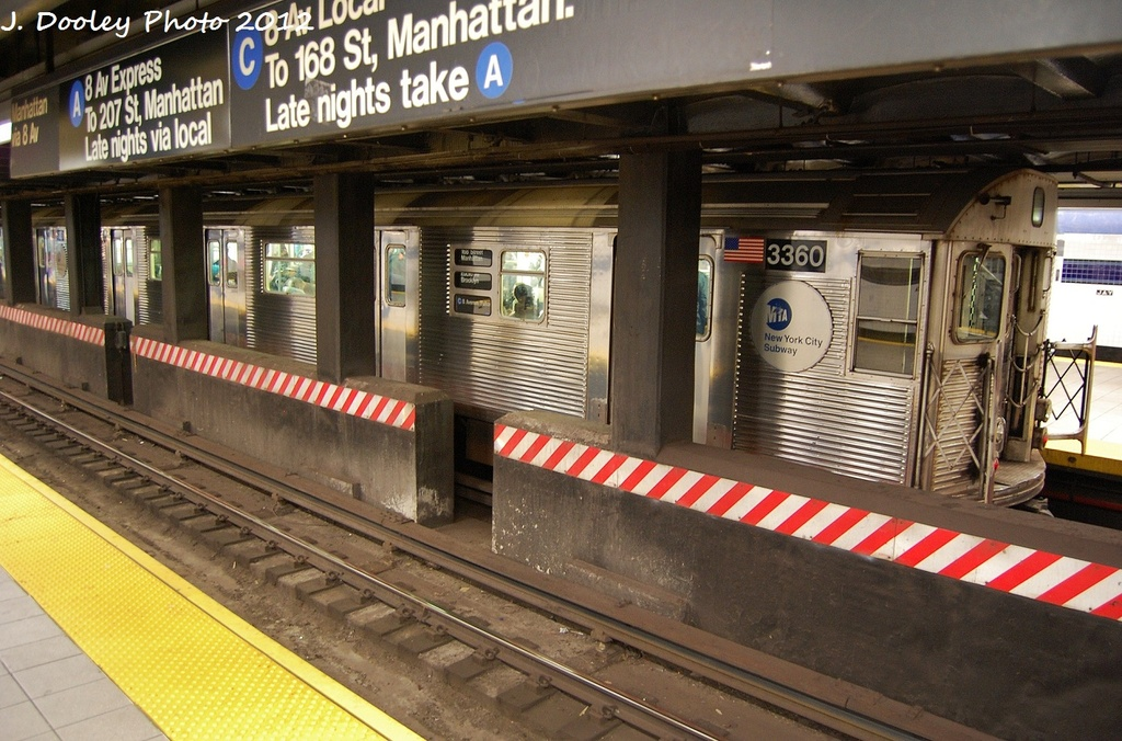 (356k, 1024x676)<br><b>Country:</b> United States<br><b>City:</b> New York<br><b>System:</b> New York City Transit<br><b>Line:</b> IND 8th Avenue Line<br><b>Location:</b> Jay St./Metrotech (Borough Hall) <br><b>Route:</b> C<br><b>Car:</b> R-32 (Budd, 1964)  3360 <br><b>Photo by:</b> John Dooley<br><b>Date:</b> 1/3/2012<br><b>Viewed (this week/total):</b> 0 / 1116