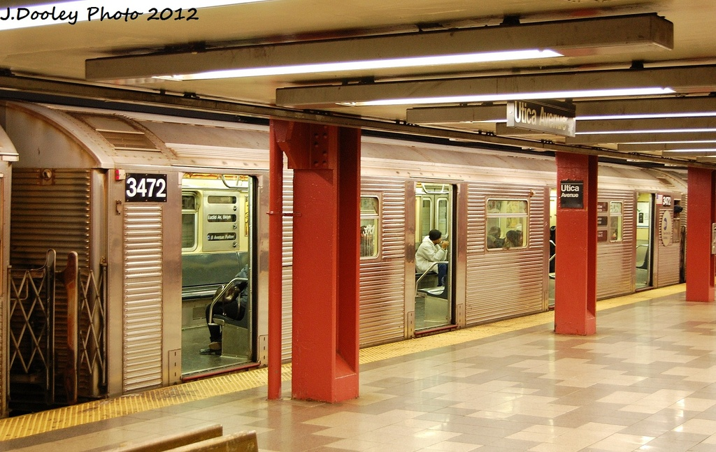 (332k, 1024x647)<br><b>Country:</b> United States<br><b>City:</b> New York<br><b>System:</b> New York City Transit<br><b>Line:</b> IND Fulton Street Line<br><b>Location:</b> Utica Avenue <br><b>Route:</b> C<br><b>Car:</b> R-32 (Budd, 1964)  3472 <br><b>Photo by:</b> John Dooley<br><b>Date:</b> 1/3/2012<br><b>Viewed (this week/total):</b> 0 / 386