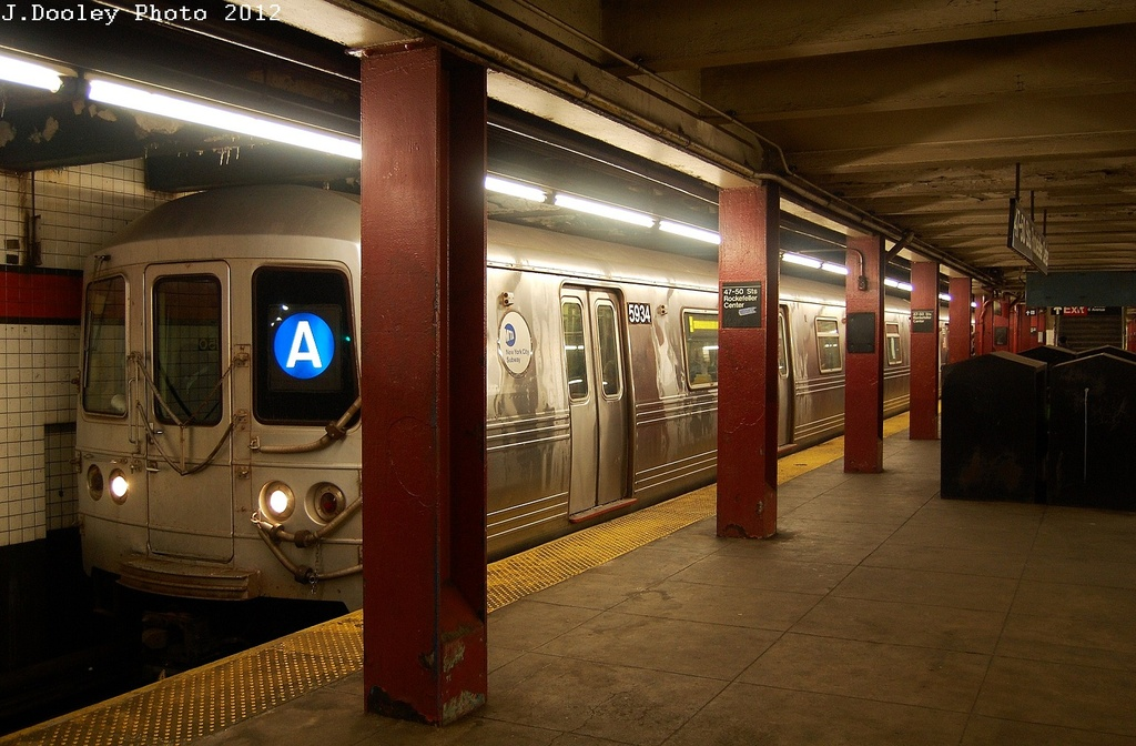 (318k, 1024x672)<br><b>Country:</b> United States<br><b>City:</b> New York<br><b>System:</b> New York City Transit<br><b>Line:</b> IND 6th Avenue Line<br><b>Location:</b> 47-50th Street/Rockefeller Center <br><b>Route:</b> A reroute<br><b>Car:</b> R-46 (Pullman-Standard, 1974-75) 5934 <br><b>Photo by:</b> John Dooley<br><b>Date:</b> 3/12/2012<br><b>Viewed (this week/total):</b> 4 / 333