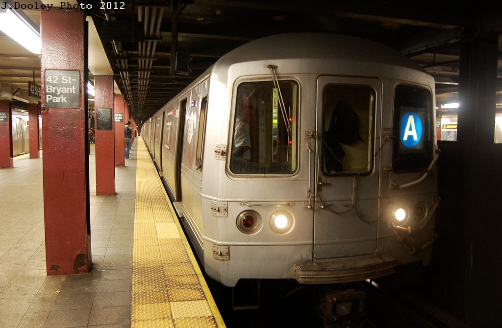(289k, 1024x670)<br><b>Country:</b> United States<br><b>City:</b> New York<br><b>System:</b> New York City Transit<br><b>Line:</b> IND 6th Avenue Line<br><b>Location:</b> 42nd Street/Bryant Park <br><b>Route:</b> A reroute<br><b>Car:</b> R-46 (Pullman-Standard, 1974-75) 6070 <br><b>Photo by:</b> John Dooley<br><b>Date:</b> 3/12/2012<br><b>Viewed (this week/total):</b> 1 / 180