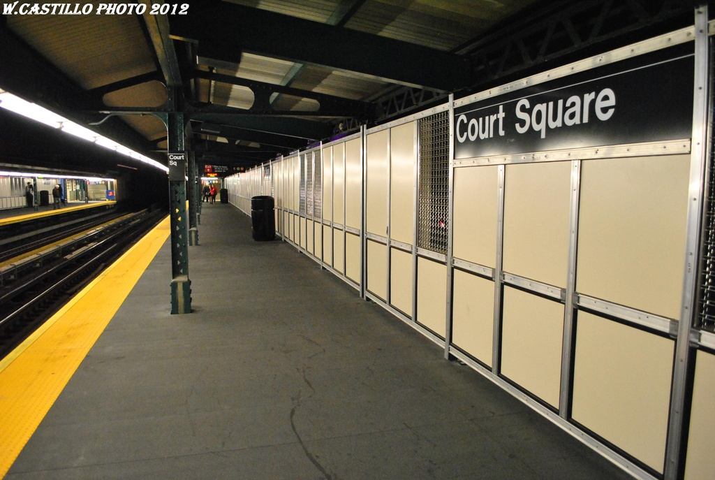 (273k, 1024x687)<br><b>Country:</b> United States<br><b>City:</b> New York<br><b>System:</b> New York City Transit<br><b>Line:</b> IRT Flushing Line<br><b>Location:</b> Court House Square/45th Road <br><b>Photo by:</b> Wilfredo Castillo<br><b>Date:</b> 4/21/2012<br><b>Viewed (this week/total):</b> 10 / 545