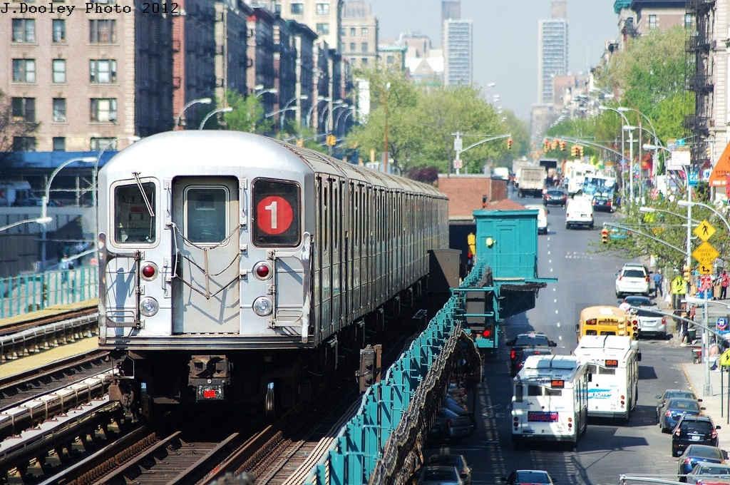 (412k, 1024x680)<br><b>Country:</b> United States<br><b>City:</b> New York<br><b>System:</b> New York City Transit<br><b>Line:</b> IRT West Side Line<br><b>Location:</b> 125th Street <br><b>Route:</b> 1<br><b>Car:</b> R-62A (Bombardier, 1984-1987)  2475 <br><b>Photo by:</b> John Dooley<br><b>Date:</b> 4/16/2012<br><b>Viewed (this week/total):</b> 11 / 985