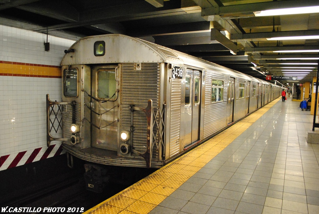 (314k, 1024x687)<br><b>Country:</b> United States<br><b>City:</b> New York<br><b>System:</b> New York City Transit<br><b>Line:</b> IND 8th Avenue Line<br><b>Location:</b> 14th Street <br><b>Route:</b> C<br><b>Car:</b> R-32 (Budd, 1964)  3439 <br><b>Photo by:</b> Wilfredo Castillo<br><b>Date:</b> 4/25/2012<br><b>Viewed (this week/total):</b> 3 / 329