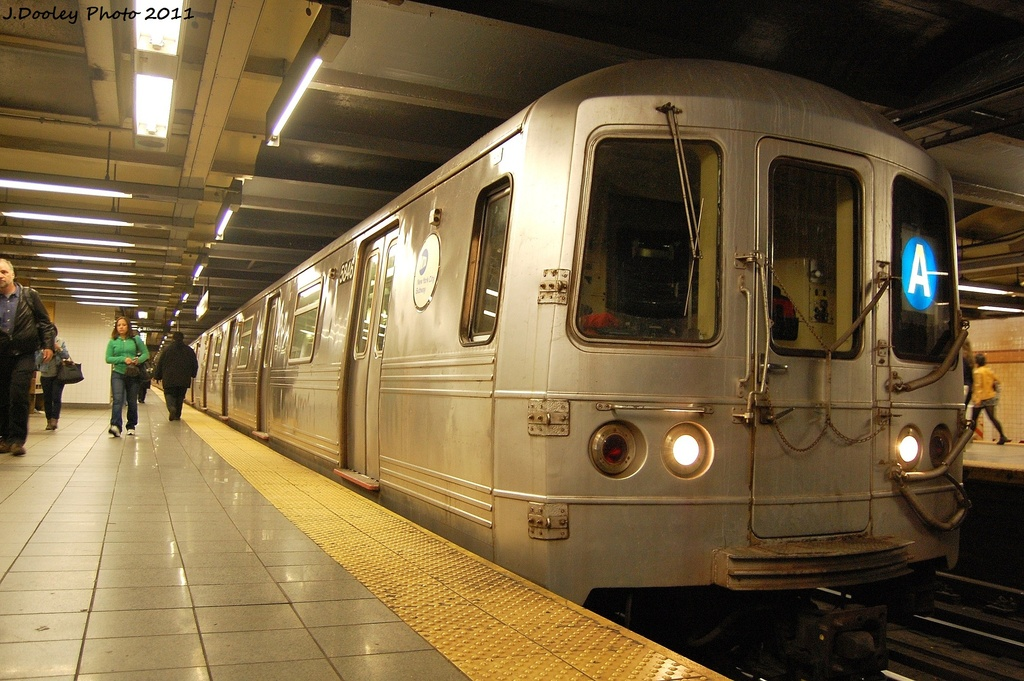 (344k, 1024x681)<br><b>Country:</b> United States<br><b>City:</b> New York<br><b>System:</b> New York City Transit<br><b>Line:</b> IND 8th Avenue Line<br><b>Location:</b> 14th Street <br><b>Route:</b> A<br><b>Car:</b> R-46 (Pullman-Standard, 1974-75) 5846 <br><b>Photo by:</b> John Dooley<br><b>Date:</b> 11/14/2011<br><b>Viewed (this week/total):</b> 3 / 300