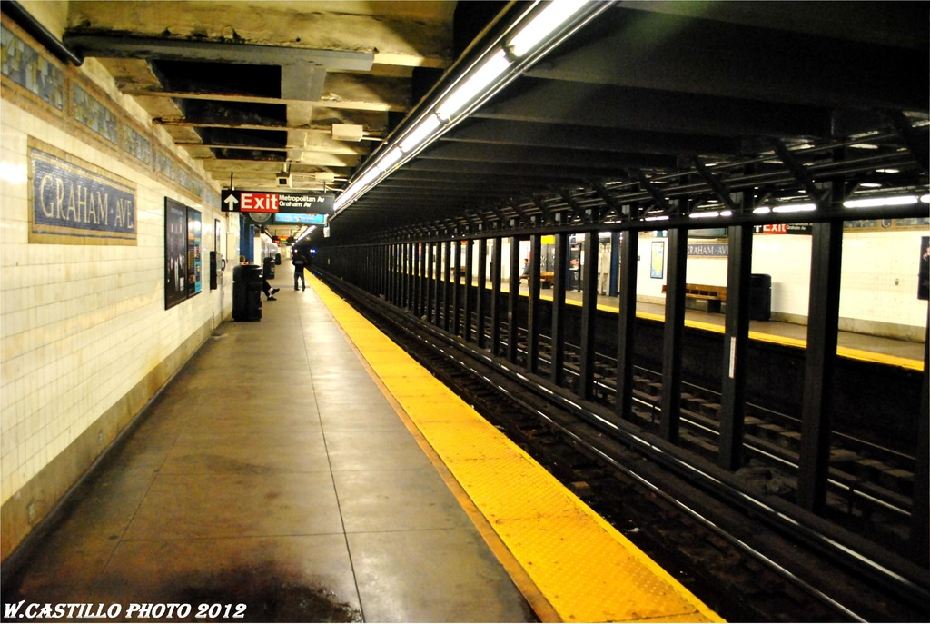 (260k, 1024x687)<br><b>Country:</b> United States<br><b>City:</b> New York<br><b>System:</b> New York City Transit<br><b>Line:</b> BMT Canarsie Line<br><b>Location:</b> Graham Avenue <br><b>Photo by:</b> Wilfredo Castillo<br><b>Date:</b> 4/27/2012<br><b>Viewed (this week/total):</b> 1 / 187