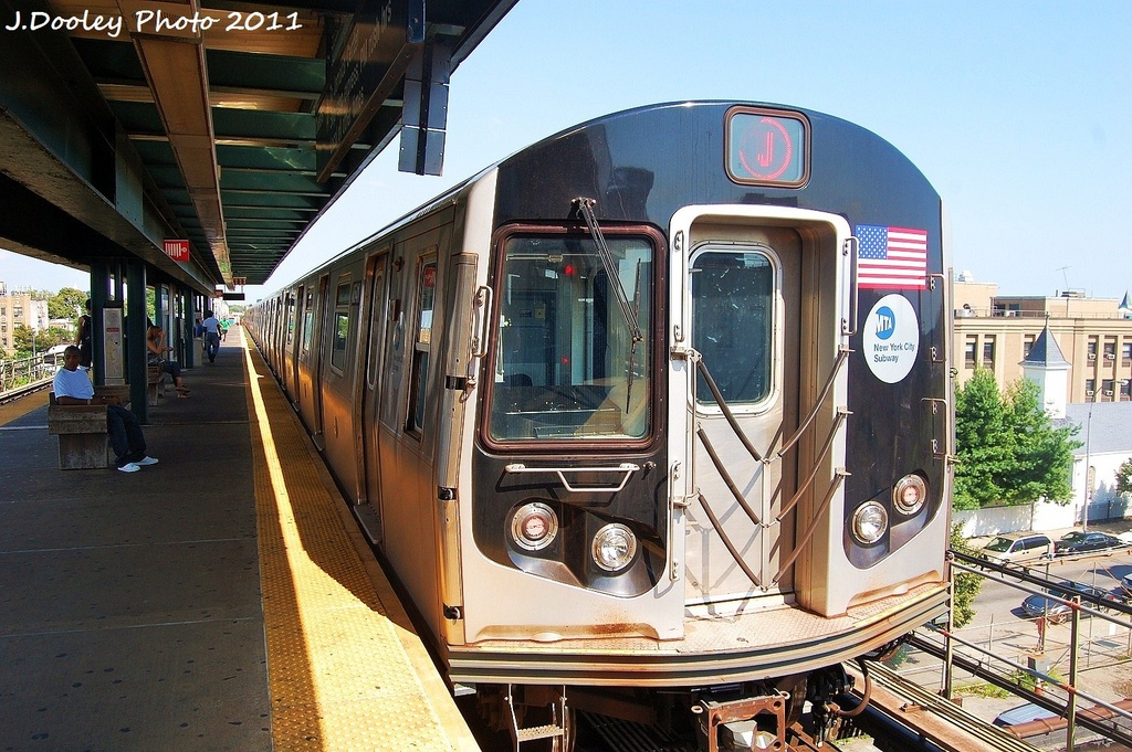 (379k, 1024x681)<br><b>Country:</b> United States<br><b>City:</b> New York<br><b>System:</b> New York City Transit<br><b>Line:</b> BMT Nassau Street/Jamaica Line<br><b>Location:</b> Alabama Avenue <br><b>Route:</b> J<br><b>Car:</b> R-160A-1 (Alstom, 2005-2008, 4 car sets)  8541 <br><b>Photo by:</b> John Dooley<br><b>Date:</b> 8/17/2011<br><b>Viewed (this week/total):</b> 2 / 256