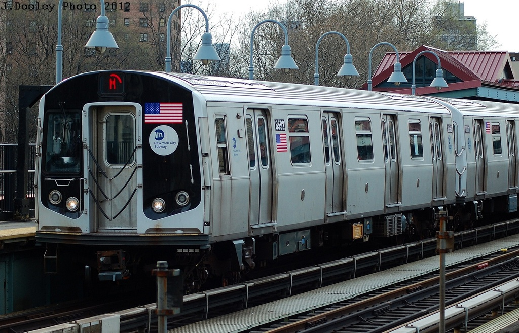 (372k, 1024x657)<br><b>Country:</b> United States<br><b>City:</b> New York<br><b>System:</b> New York City Transit<br><b>Line:</b> BMT Nassau Street/Jamaica Line<br><b>Location:</b> Marcy Avenue <br><b>Route:</b> M<br><b>Car:</b> R-160A-1 (Alstom, 2005-2008, 4 car sets)  8592 <br><b>Photo by:</b> John Dooley<br><b>Date:</b> 3/23/2012<br><b>Viewed (this week/total):</b> 7 / 200