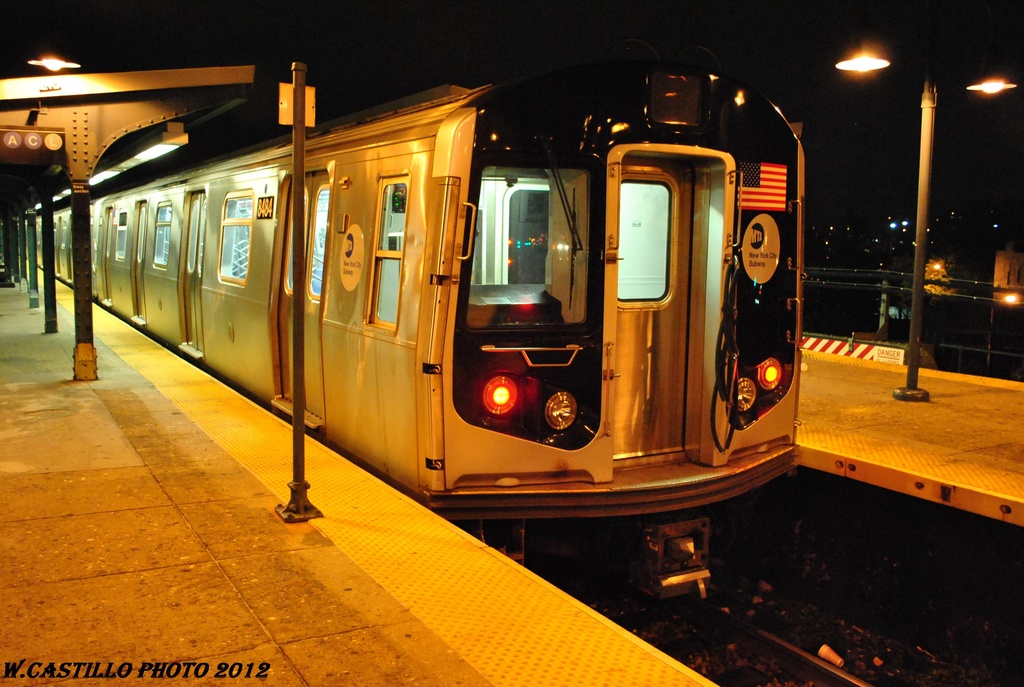 (303k, 1024x687)<br><b>Country:</b> United States<br><b>City:</b> New York<br><b>System:</b> New York City Transit<br><b>Line:</b> BMT Nassau Street/Jamaica Line<br><b>Location:</b> Broadway/East New York (Broadway Junction) <br><b>Route:</b> J layup<br><b>Car:</b> R-160A-1 (Alstom, 2005-2008, 4 car sets)  8484 <br><b>Photo by:</b> Wilfredo Castillo<br><b>Date:</b> 5/2/2012<br><b>Viewed (this week/total):</b> 2 / 681
