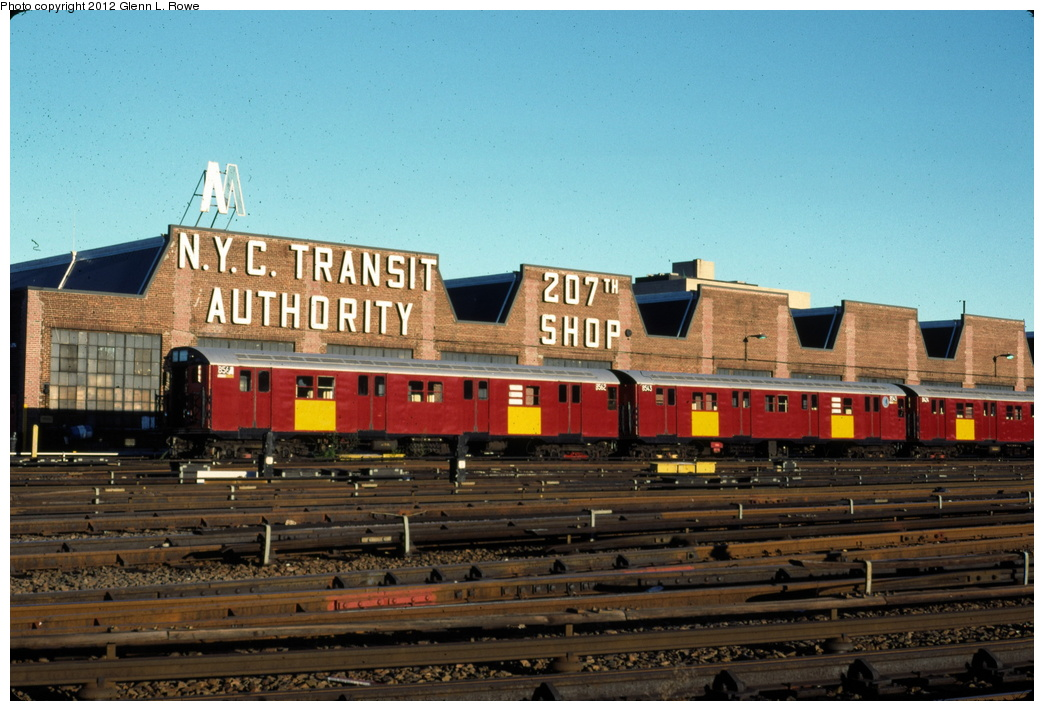 (300k, 1044x711)<br><b>Country:</b> United States<br><b>City:</b> New York<br><b>System:</b> New York City Transit<br><b>Location:</b> 207th Street Yard<br><b>Car:</b> R-30 (St. Louis, 1961) 8562/8543 <br><b>Photo by:</b> Glenn L. Rowe<br><b>Date:</b> 10/29/1990<br><b>Viewed (this week/total):</b> 15 / 1077