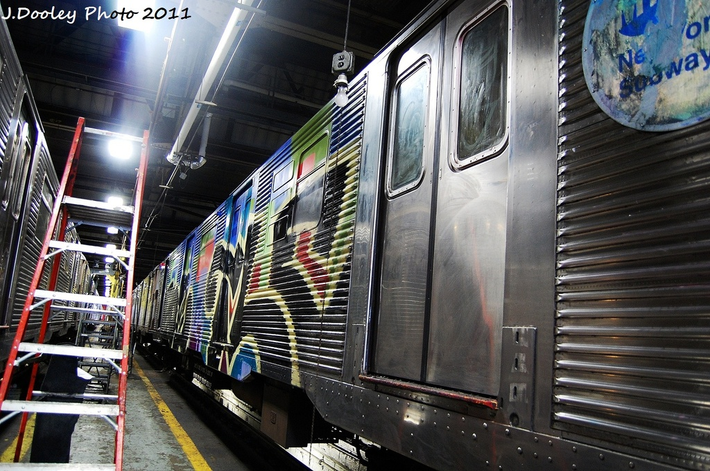 (398k, 1024x680)<br><b>Country:</b> United States<br><b>City:</b> New York<br><b>System:</b> New York City Transit<br><b>Location:</b> 207th Street Shop<br><b>Car:</b> R-32 (Budd, 1964)  3488 <br><b>Photo by:</b> John Dooley<br><b>Date:</b> 11/29/2011<br><b>Viewed (this week/total):</b> 0 / 590
